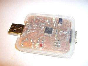 ������������ AVR-910-slim ��� ������������ ATMEL + Code Vision