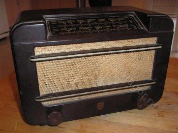 ������ ����� ��������� �������������� Philips 592LN (���������, 1947). ����� 1