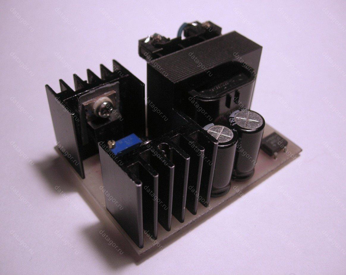 схема защиты телефонного зарядника